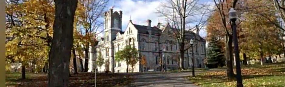 جامعات كندا للطب